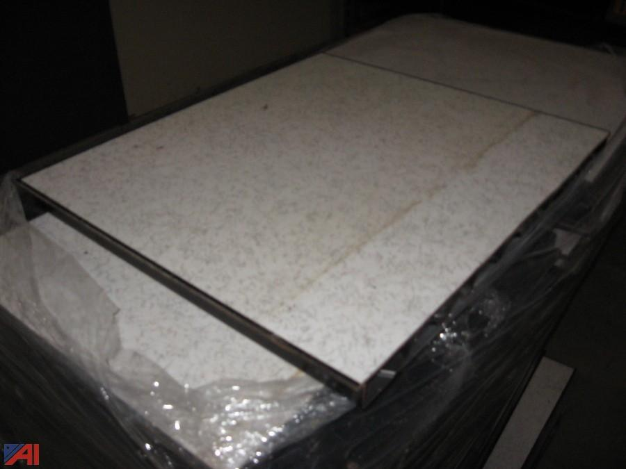 Raised Wood Flooring For Computer Rooms : Auctions international auction nfta surplus item