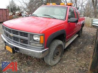 1997 Chevy C/K 2500 Pickup w/ Plow
