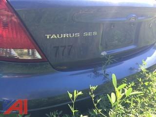 2004 Ford Taurus 4D Sedan