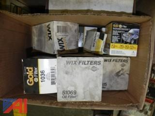 Large Lot of Never Used Napa & Wix Air Oil Filters