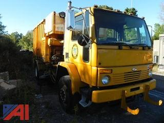 2001 Sterling SC8000 Cargo Leach Vac-All