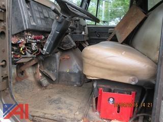 1991 International 4800 Truck w/ Sander