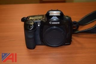 Canon EOS 10D  Digital Single Lens Reflex Camera  (DSLR) Body w/ 28-105mm Lens and 3 Batteries