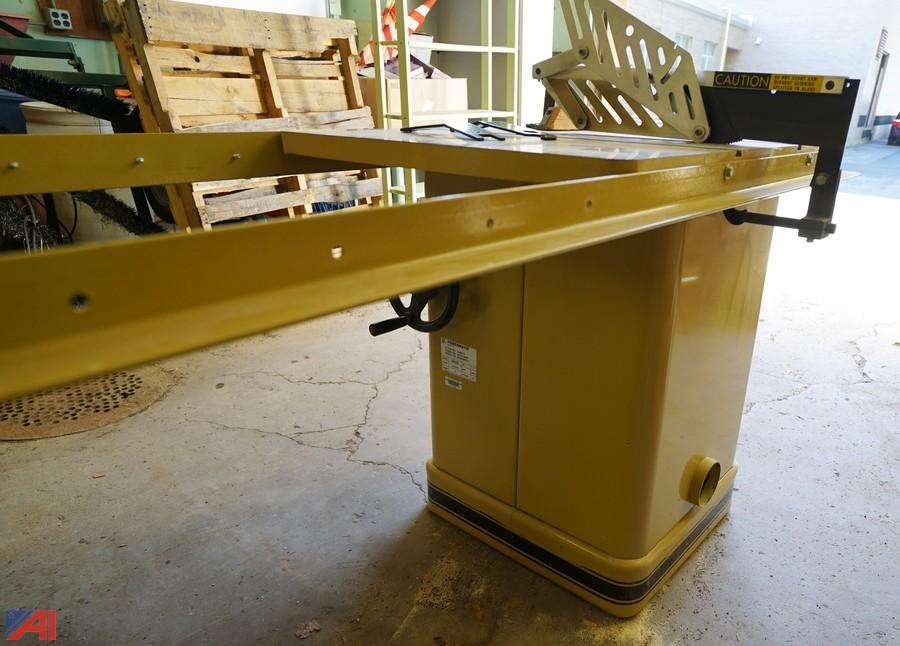 Auctions International Auction Warsaw Csd Surplus 9398 Item Powermatic Tilting Arbor Table Saw