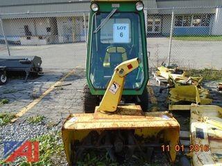John Deere F932 Tractor