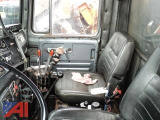 1988 Mack RM6864X