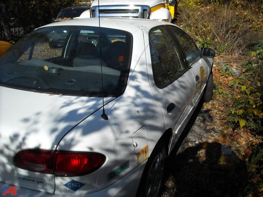Auctions international auction city of white plains for 2002 chevy cavalier window motor