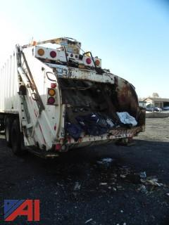 1998 Mack MR688S Garbage Truck