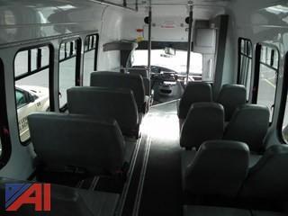 2008 Ford E450 Bus w/ Wheel Chair Lift