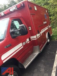 2004 Ford E350 Ambulance