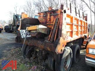 1986 Ford LTS8000 Dump