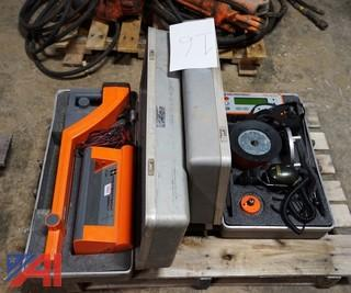 (2) Pc Metrotech Line Locator & Electroacoustic Detectors