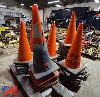 (39) Standard Traffic Safety Cones On Pallet