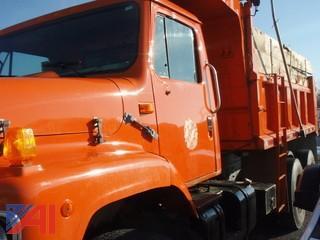 1999 International 5674 6x4 Dump Truck