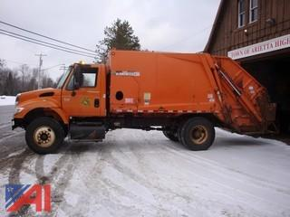 2004 International 7400 Garbage Truck