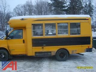 2004 Chevy Express Bus