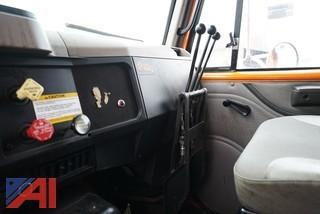 2000 International 2574 Dump Truck