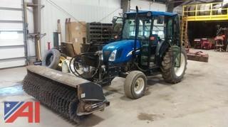 2007 New Holland TN70DA Broom Tractor