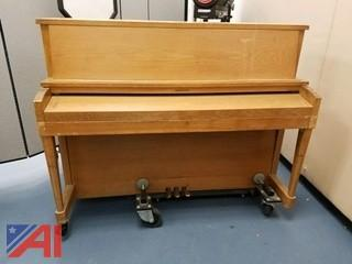 Baldwin Hamilton Piano