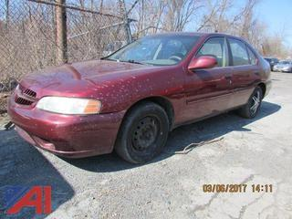 2000 Nissan Altima 4 Door