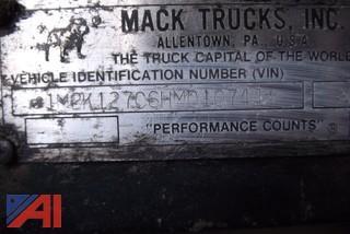 1987 Mack MR685S Sander