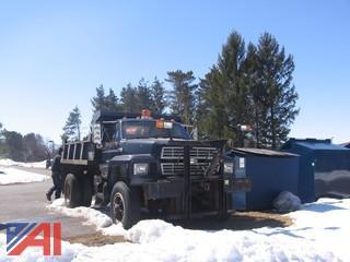 1994 Ford F700 Dump Truck