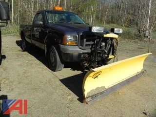 2005 Ford F250 SD Pickup with Plow