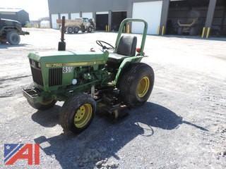 1985 John Deere 750 Tractor