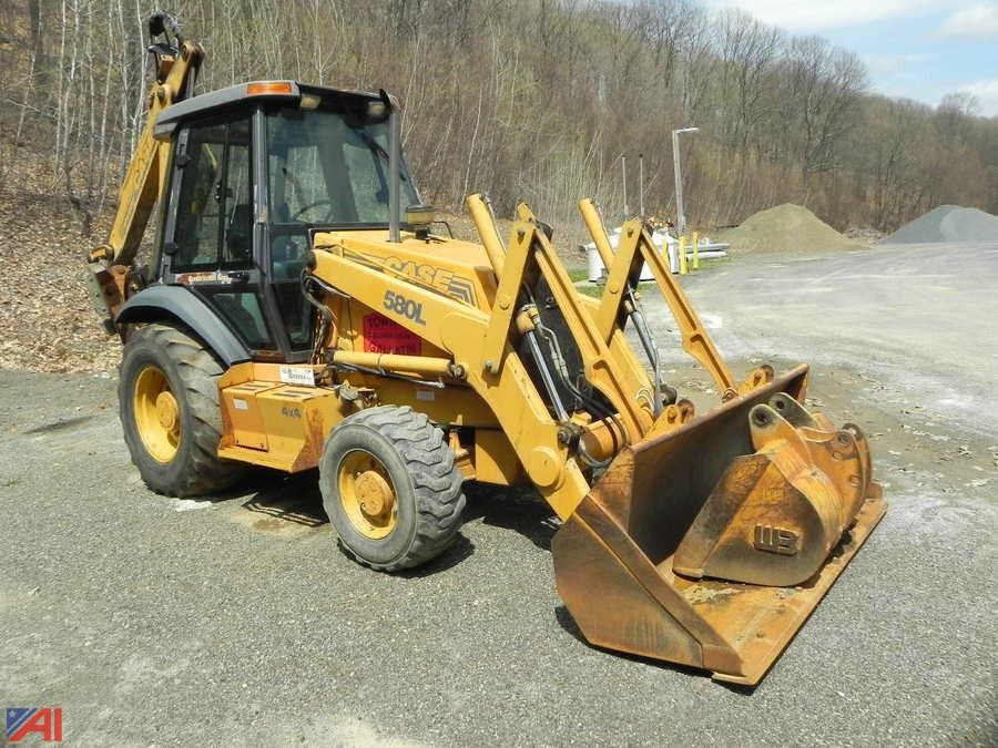 Case 580l Backhoe Seat : Auctions international auction town of gallatin