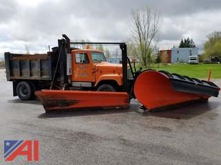 1996 International 2574 4 x 2 Dump with Plow