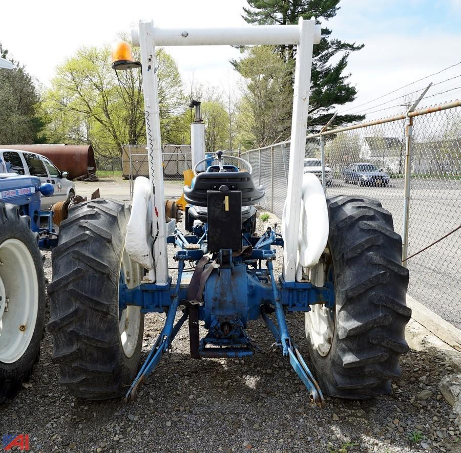 Ford 3000 Tractor Duals : Auctions international auction allegany county surplus