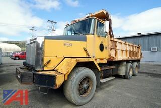 1988 WhiteGMC ACL Dump Truck