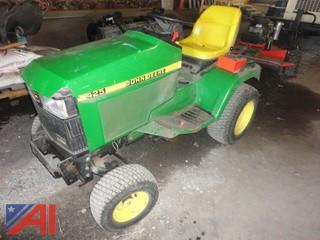 2001 John Deere 425 Riding Lawn Mower