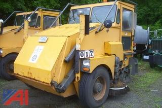 2000 Elgin Pelican Street Sweeper