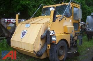2001 Elgin Pelican Street Sweeper