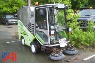 2007 Green Machine 636HS Sidewalk Sweeper