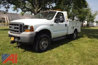 2006 Ford F350 XL Super Duty Utility Truck with Plow