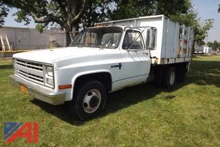1987 Chevrolet Custom Deluxe 30 Pickup/Rack