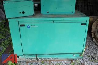 Cummins Power Generation 7 kw Generator 99-2433 w/ Onan Transfer Switch