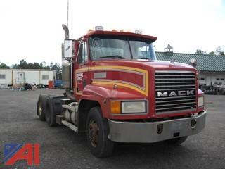 1995 Mack CH 613 Semi Tractor