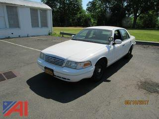 1999 Ford Crown Victoria 4DSD/Police Interceptor