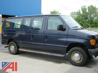 2005 Ford E350CL Van