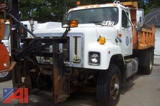 1999 International 2554 Dump with Plow