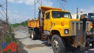 1999 International 2574  6x4 Dump Truck