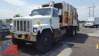 1998 International 2574  6x4 Packer/Trash Truck