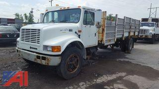 2002 International 4700 Stake Rack/Recycler Truck