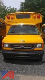 2006 Ford E450 Wheelchair Mini Bus