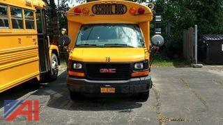 2005 GMC Savana G3500 Bus