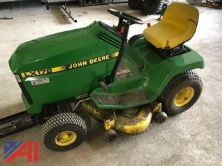 1997 John Deere LX172 Lawn Tractor