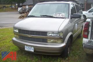 2002 Chevy Astro Mini Van